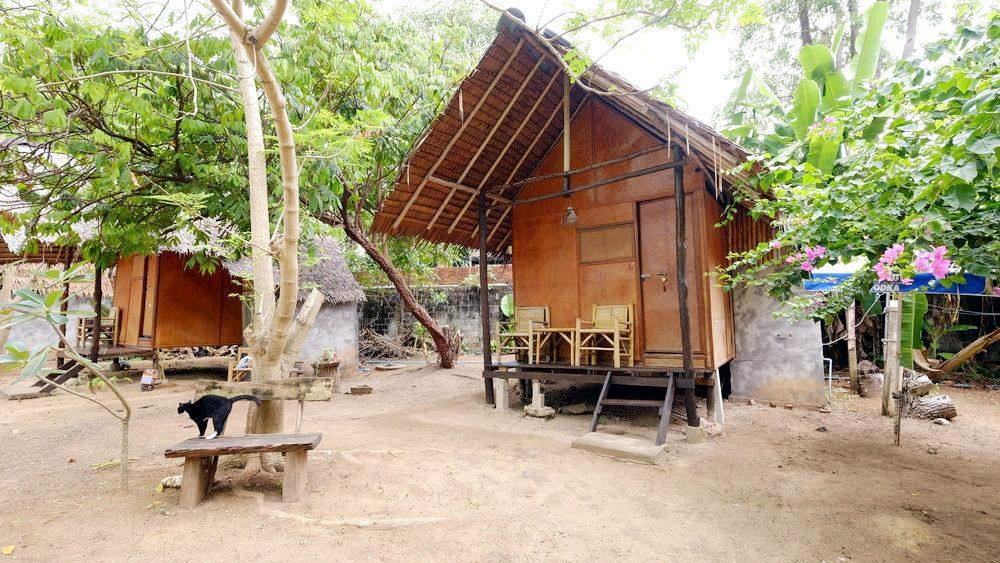 Ozone Beach Huts Koh Lanta