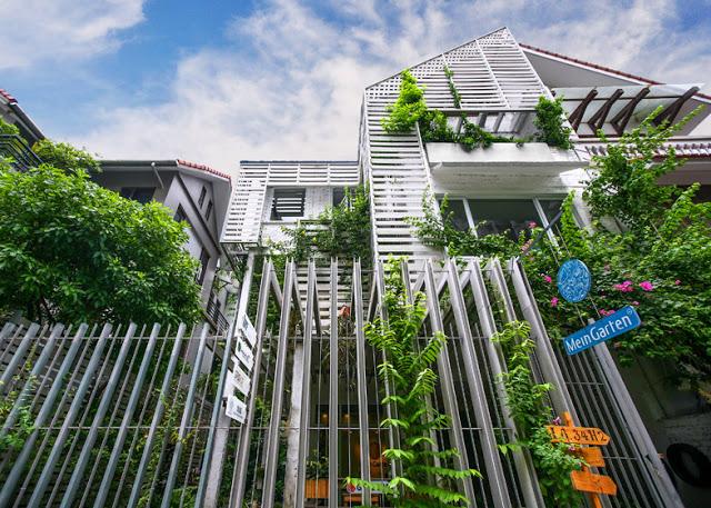 Growing-Green-Office_102-Studio_dezeen_784_2