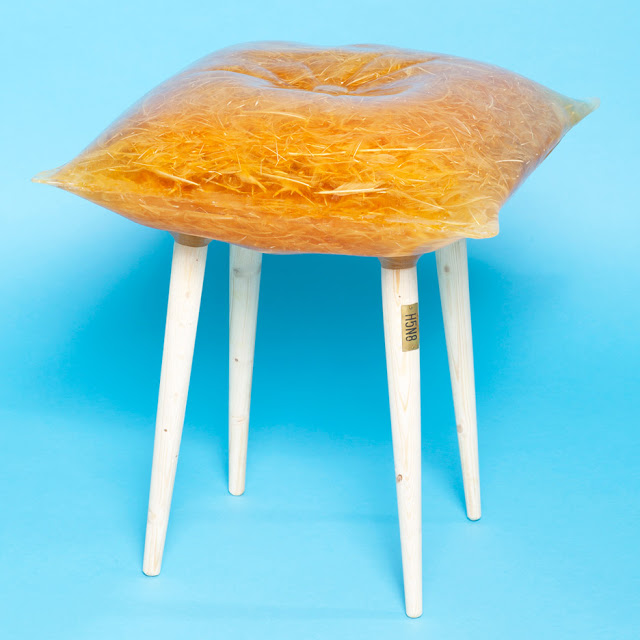 Bird-flu-furniture_H5N8_Emilie-van-Spronsen_dezeen_936_3
